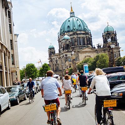 Contict bedrijfsuitje naar Berlijn